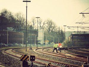 Vermessungsarbeiten im Bahnhof Herzogenrath.