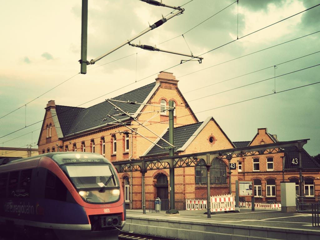 Der Stolberger Hauptbahnhof während des Umbaus.