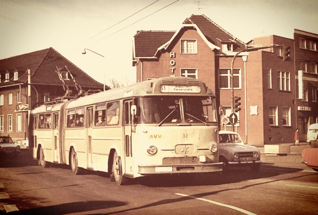 Einer der letzten O-Busse 1973 in Alsdorf.
