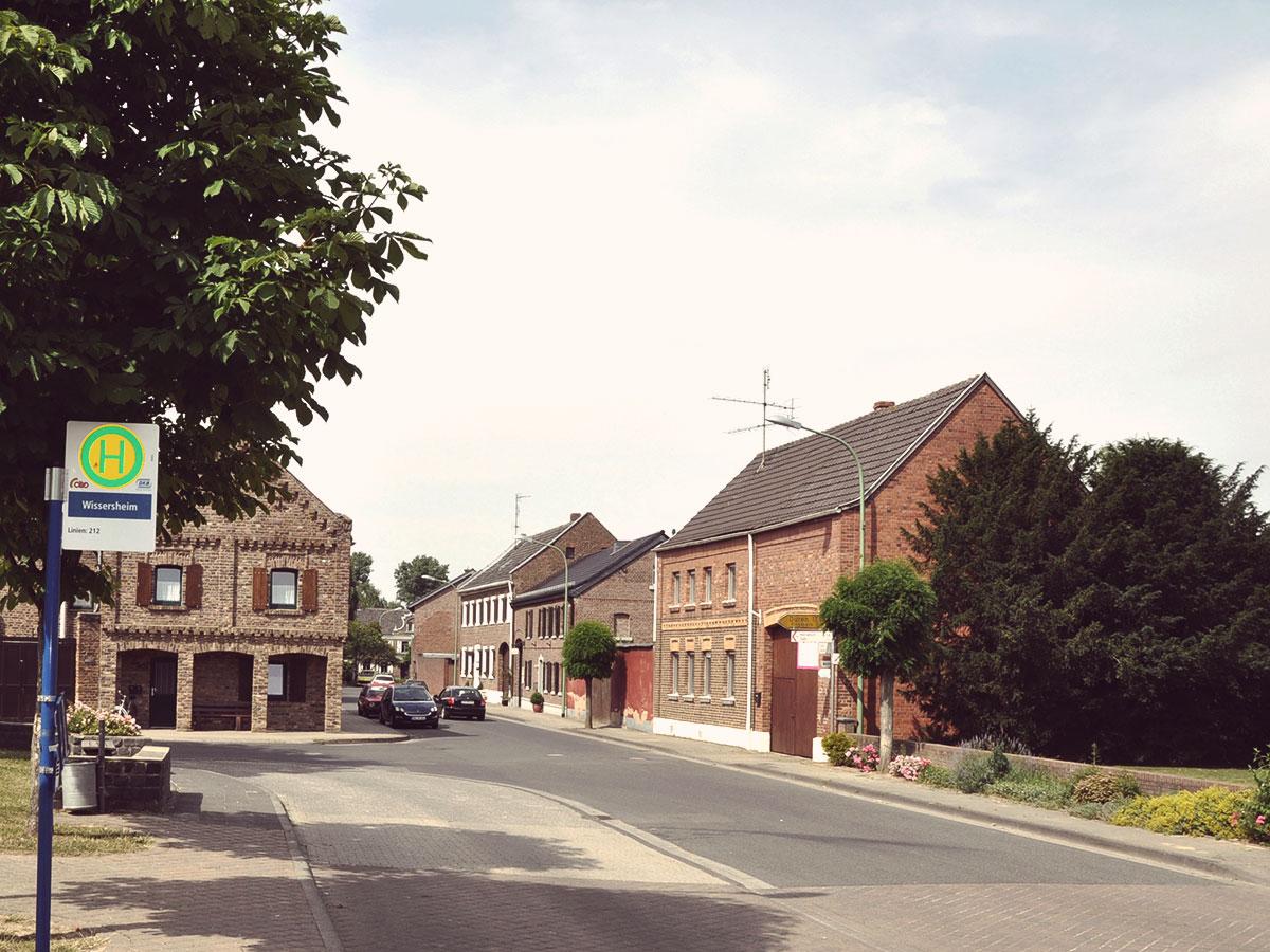 Die östlichste Haltestelle Wissersheim.