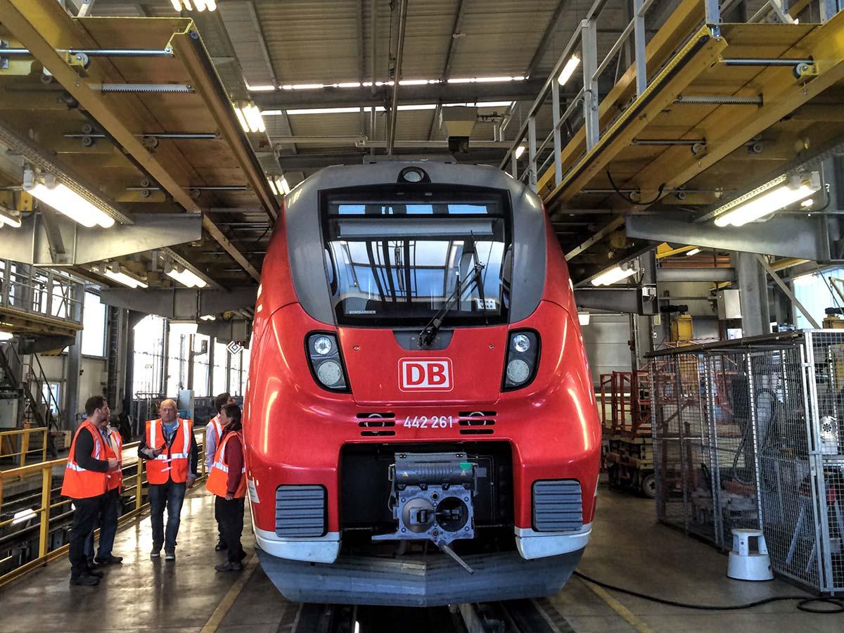 Ein Elektrotriebwagen Talent 2 im DB Werk